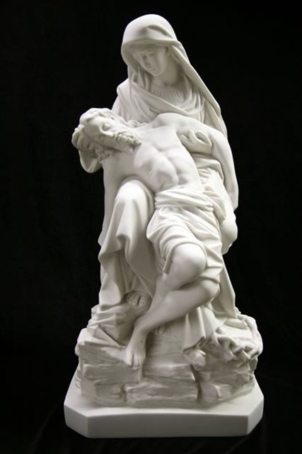 Pieta Statue Mother May Statue in Grief Michelangelos Pieta Cast Statue garden religion Mary